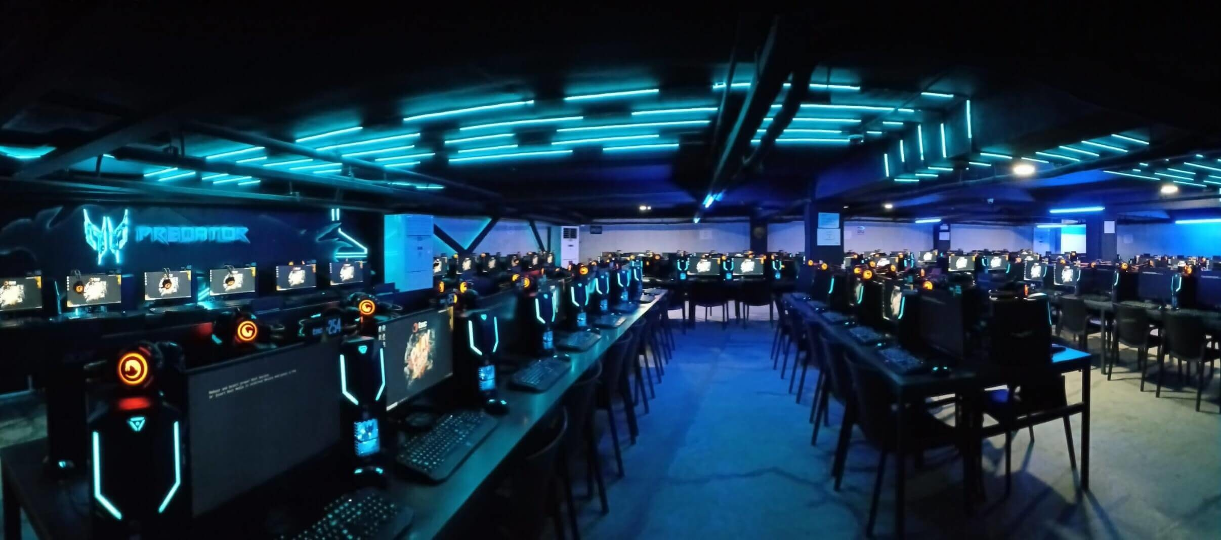 List of the biggest internet cafes in the world